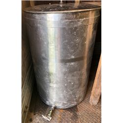 150 LITRE STAINLESS STEEL WATER TANK