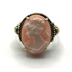 10K CAMEO VINTAGE RING SIZE 7.5
