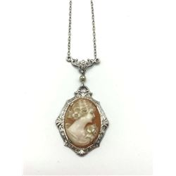 10K CAMEO NECKLACE WITH CHAIN
