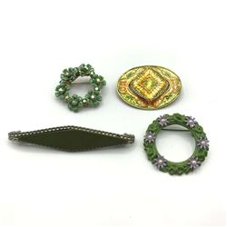 4 VINTAGE BROOCHES W COLOR