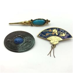3 VINTAGE BROOCHES GORGEOUS
