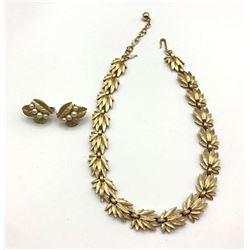 TRIFARI EARRINGS AND BRACELET GOLD TONE