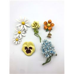 5 FLOWER BROOCHES / PINS