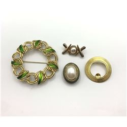4 GOLD TONE BROOCHES