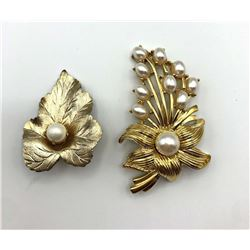 2 GOLD BROOCHES W FLOWER/FAUX PEARL