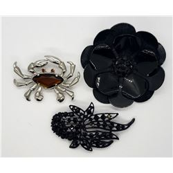 3-VINTAGE BROOCHES: (1)SILVER TONED CRAB