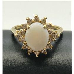 14K GOLD DIAMOND OPAL RING SIZE 7