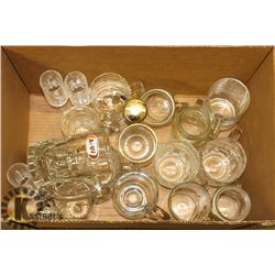 BOX OF MUGS AND GLASSWARE