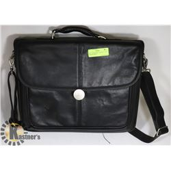 "DELL LAPTOP BAG - HOLDS 17"" WITH COMPARTMENT"