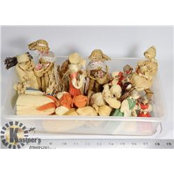 15 CORN HUSK DOLLS, ANGELS, HANGING ORNAMENTS