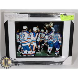 FRAMED EDMONTON OILERS STANLEY CUP PHOTO