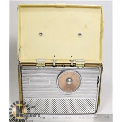 1940S RCA PORTABLE TUBE RADIO WHITE