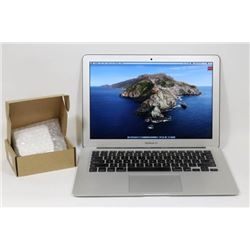 MACBOOK AIR iNLTEL i7/256GB/8GBRAM/WIN 10/CATALINA