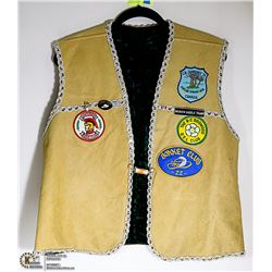 VINTAGE LEATHER VEST W/COLLECTIBLE PINS