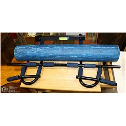 PULL UP BAR & CANDOFOAM MUSCLE ROLLER