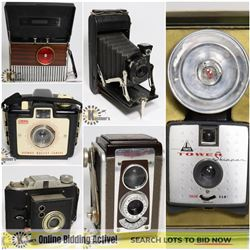 FEATURED VINTAGE CAMERAS & RADIOS