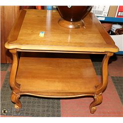 SOLID WOOD END TABLE. FURNITURE