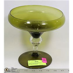 GREEN CRYSTAL PEDESTAL DECORATIVE BOWL