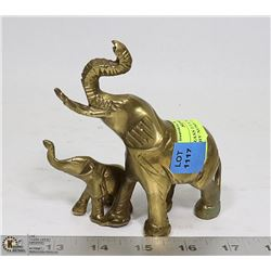 SOLID BRASS LUCKY ELEPHANT WITH BABY TRUNKS  UP