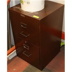 COMMODORE 2 DRAWER FILING CABINET WITH KEYS