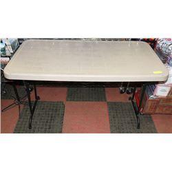 4FT X 2FT FOLDING RESIN TABLE