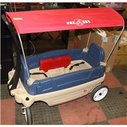 STEP 2 WAGON WITH COVER