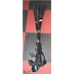 SET OF MEN'S RIGHT-HANDED PING GOLF CLUBS