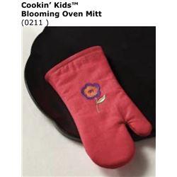 Cookin Kids Blooming Oven Mitt #0211