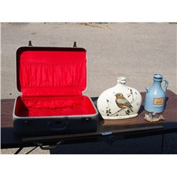 Suitcase with 2 bottles, and Ornament