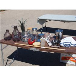 Lot of Kitchen Related Items