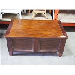 """Wooden Storage Chest Line with Cedar 42 by 27 by 19"""""""