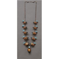 ZUNI INDIAN COWRIE SHELL DUCK NECKLACE (L.QUALO)