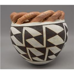 ACOMA INDIAN POTTERY BOWL (LUCY LEWIS)