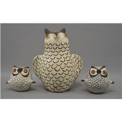 ACOMA INDIAN POTTERY OWLS (JOYCE)