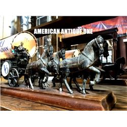 51 cm Canadian Whiskey Seagram VO Carriage Display