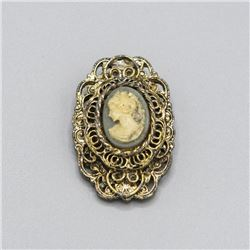Gorgeous Cameo Pendant or Brooche Jewelry Piece