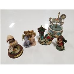Musical Carousel Horse Figurine & Misc. Figurines Lot