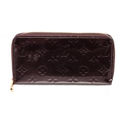 Louis Vuitton Amarante Vernis Leather Monogram Zippy Wallet