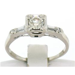 18k White Gold Round & Baguette VVS Diamond Engagement Solitaire Ring