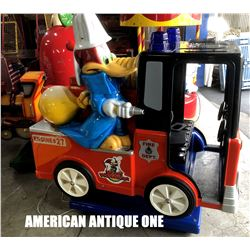 Woody Woodpecker & Chilly Willy / Fire Engine Ride On