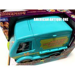 The Mystery Machine / Scooby-Doo Walmart
