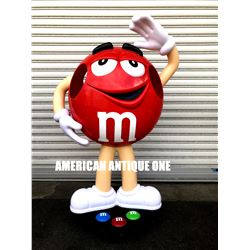 M&M's figure red