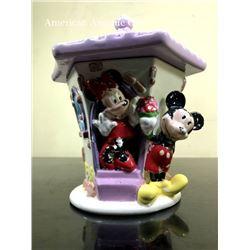 Mickey & Minnie Pottery