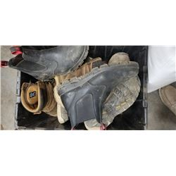 ASSORTED BOOTS SIZE 9-10MENS