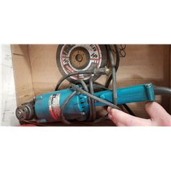 "MAKITA 7"" ANGLE GRINDER WITH DISCS"