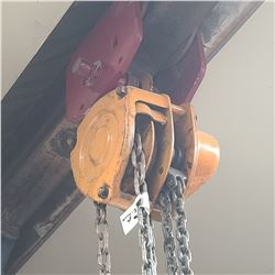 CHAIN HOIST AND CHAINS