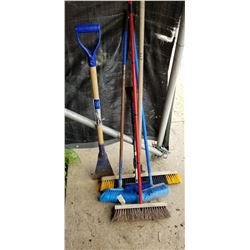 ASSOTMENT OF BROOMS, DECK BROOMS