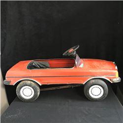 VINTAGE MERCEDES PEDAL CAR