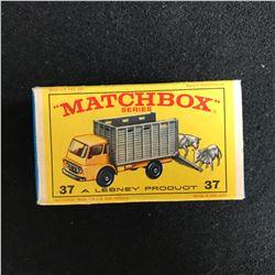 MATCHBOX SERIES 37 CATTLE TRUCK w/ CATTLE