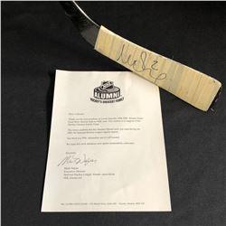 MATTIAS OHLUND SIGNED HOCKEY STICK (NHL ALUMNI LOA)